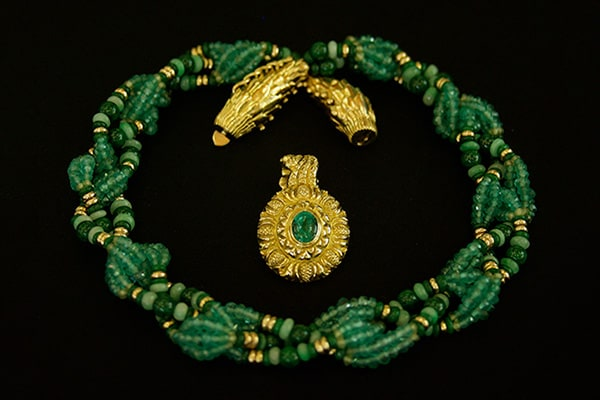 Fine Art Jewelry by Zoein Jewels—featuring the Emerald Evergreen Necklace.